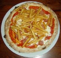 Ricetta pizza Wurstel e Patatine Foto