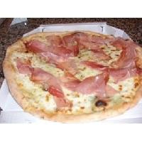Ricetta pizza Panna e Speck Foto