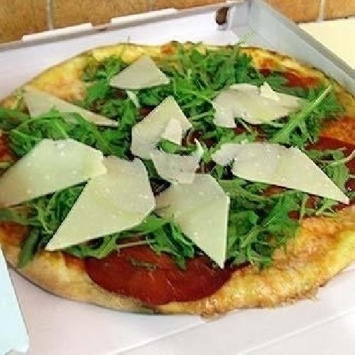 Ricetta pizza Bresaola e Grana Foto