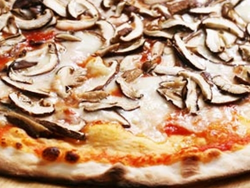 La pizza ai funghi migliore del mondo di Jonny Pizza Foto