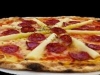 Due pizze su tre sono composte da ingredienti esteri Foto