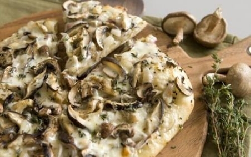 Ricetta pizza Misto Funghi Foto