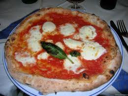storia della vera pizza napoletana foto